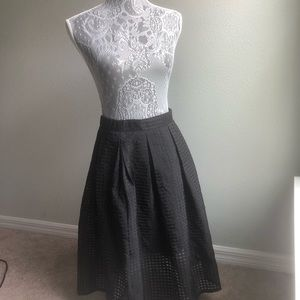 Honey Punch Black Skirt. New with Tag size medium